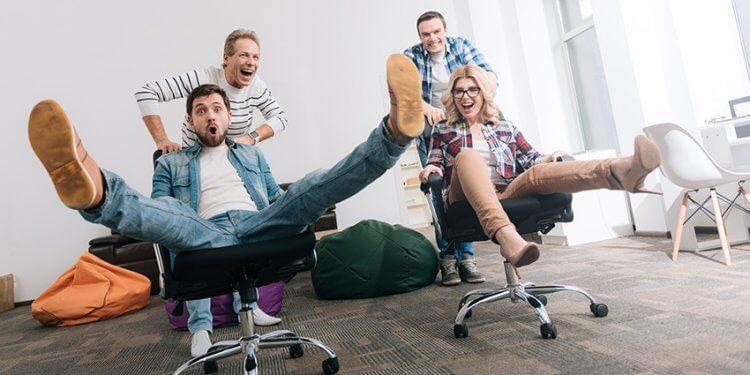 Das Beste für Ihr Büro von ZENKER OFFICEKULTUR. Lassen Sie sich Ihr ganzheitliches Arbeitsplatzkonzept vom ZENKER TEAM erstellen. Von der Dokumentenablage bis hin zu Büromöbel-Aussattung - testen Sie doch erstmal vier Tage Ihren neuen Stuhl.